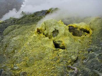 地球の核の硫黄量