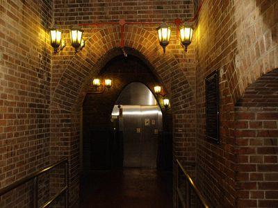 怖い都市伝説 東京の地下通路