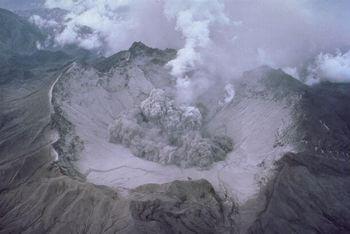 理想的な火山活動