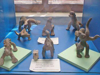 アカンバロの恐竜土偶
