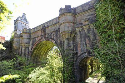 トーンタウン橋の謎