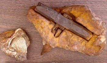古代の鉄製ハンマー