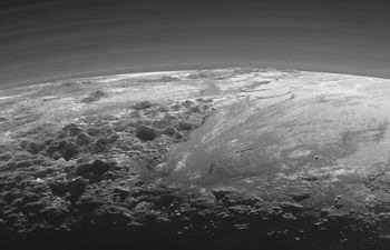 冥王星の山