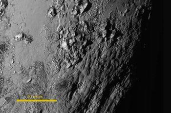 冥王星の温度