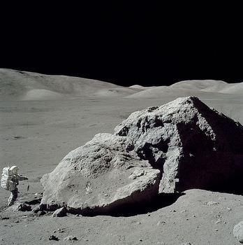 月の砂レゴリス