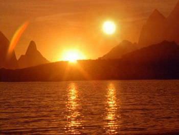 ベテルギウスの消滅と2つの太陽