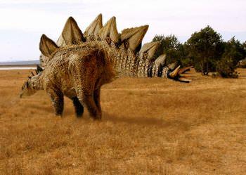 ステゴサウルス 武器