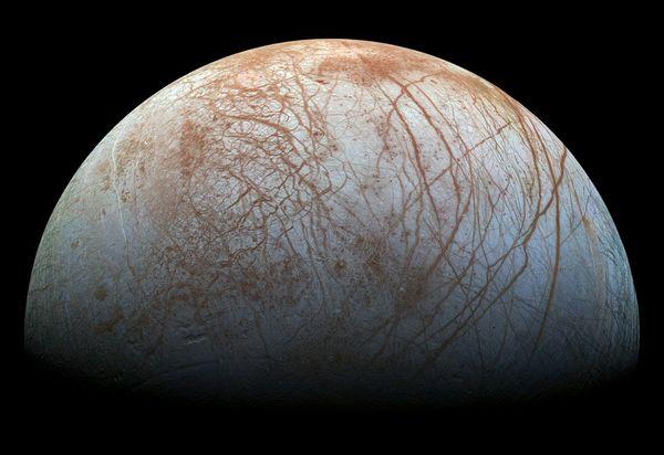 エウロパってどんな星なの?生命の存在が期待される木星の衛星の真実