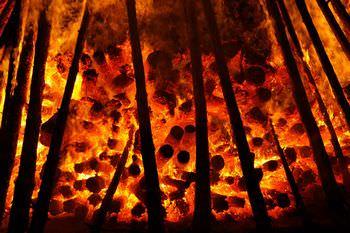 燃え盛る地獄