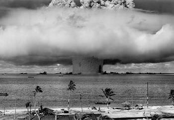 核兵器をアメリカ大統領に薦めたのはアインシュタイン