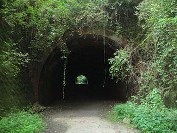 畑トンネル