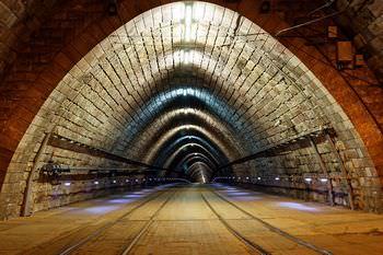 野間トンネル